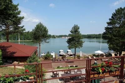 Widok z hotelu Tajty na jezioro o tej samej nazwie