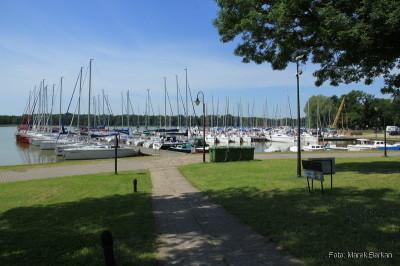 Centralna część portu jachtowego - ta najgłośniejsza...