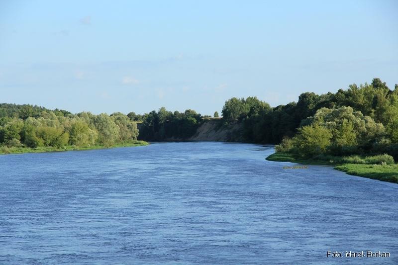 Widok z mostu na trasie 62 koło Frankopola (na wschód)