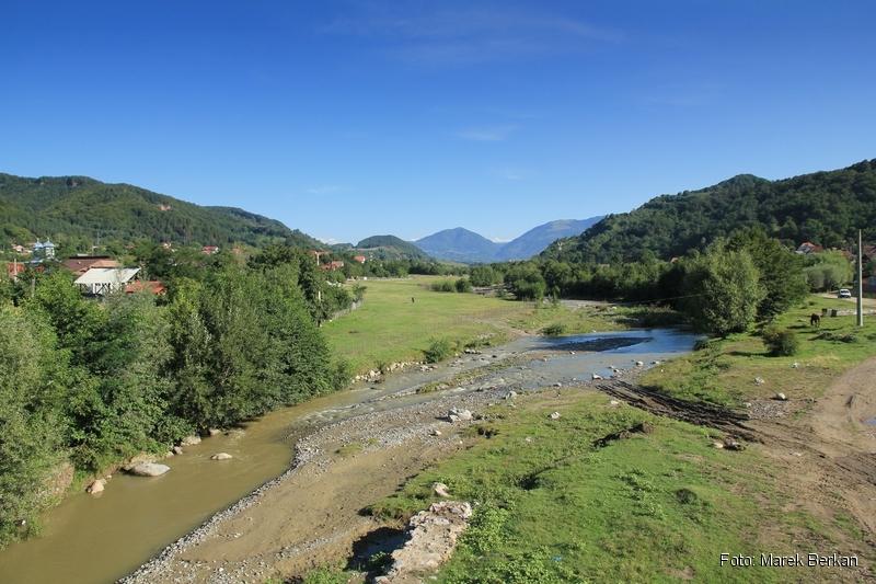 Droga Transfogaraska (7C) - widok z miejscowości Oeștii Ungureni na północ