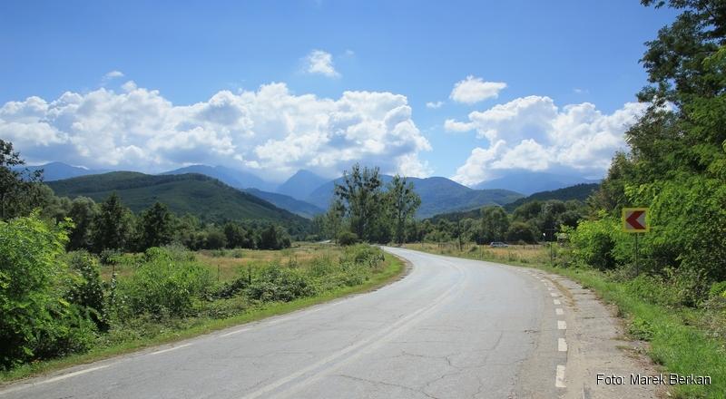 Droga Transfogaraska (7C) - widok w Góry Fogaraskie z północnego końca trasy