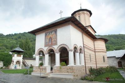 Monaster Polovragi