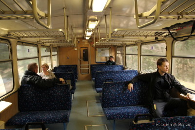 Pociąg (szynobus spalinowy) z Jeleniej Góry do Harrachova przez Jakuszyce