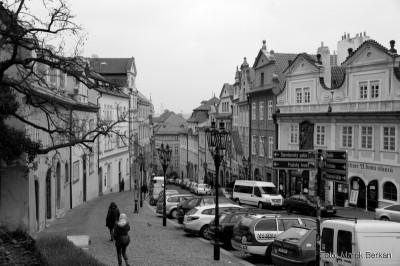 Ulica prowadząca od Mostu Karola na Zamek