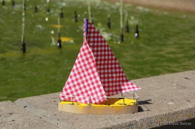 Model wykonany przez dzieci w muzeum morskim
