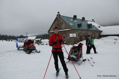 Na nartach - schronisko Orle w Górach Izerskich