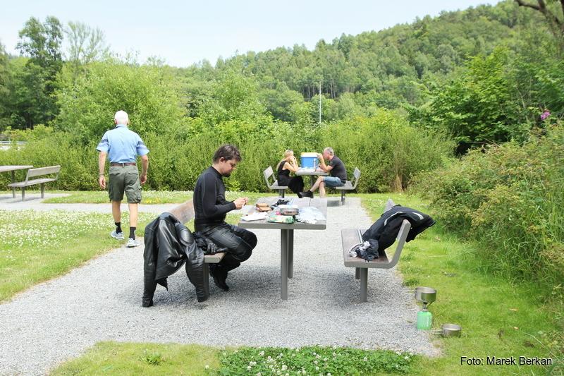 Obiad na postoju - wiele Norwegów tak robi