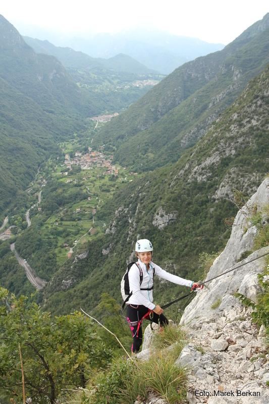 Ferrata F. Susatti - widok na dolinę Ledro (na zachód)