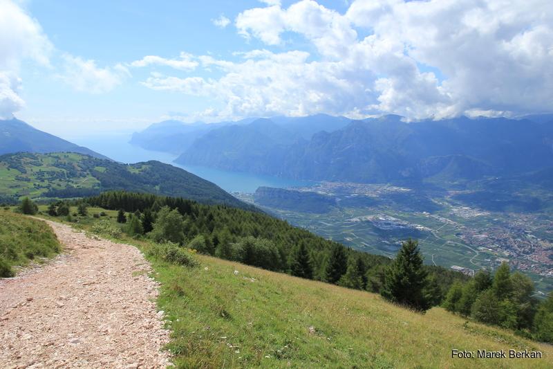 Szlak 608Bis na szczyt Monte Stivo