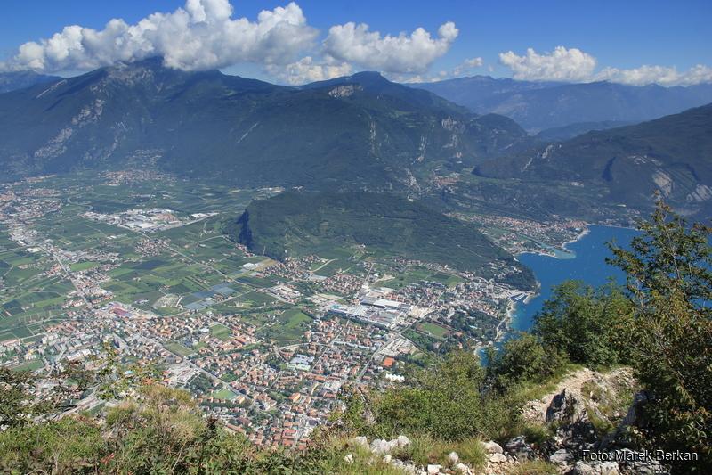 """Widok spod szczytu ferraty  """"dell'AMICIZIA"""""""
