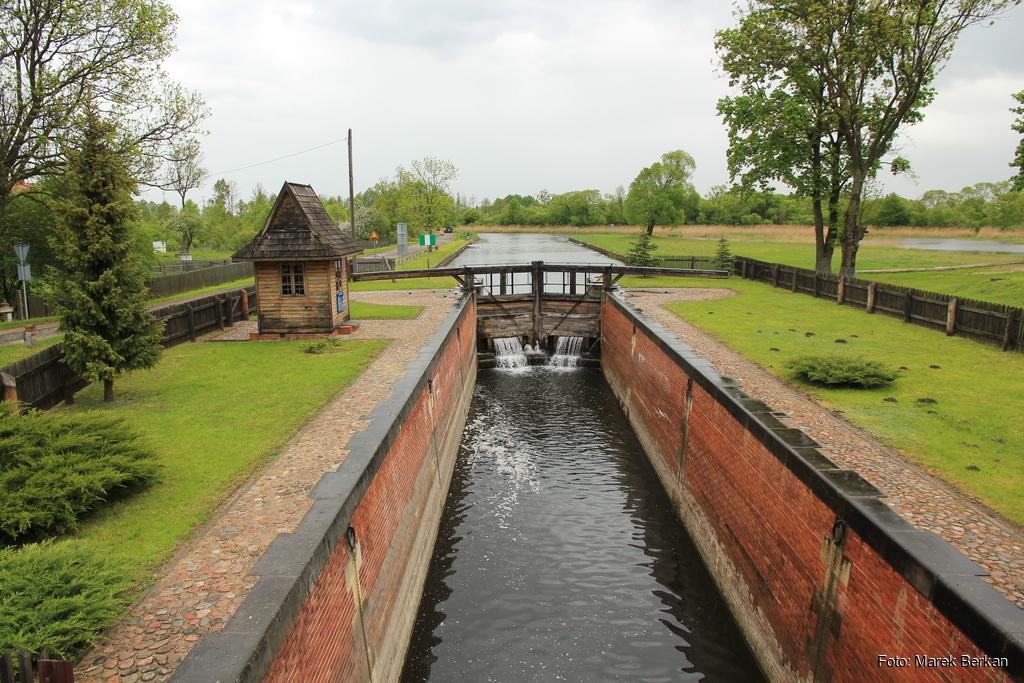 Śluza w Dębowie na kanale Augustowskim