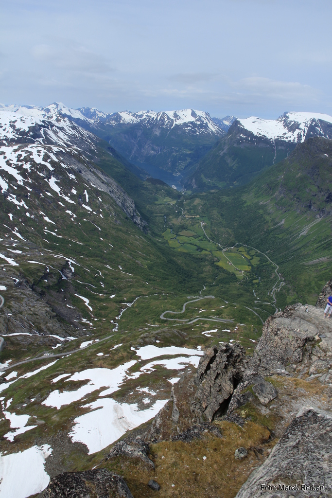 Punkt widokowy Dalsnibba - Nibbevegen kończący drogę widokową Geiranger Skyslag