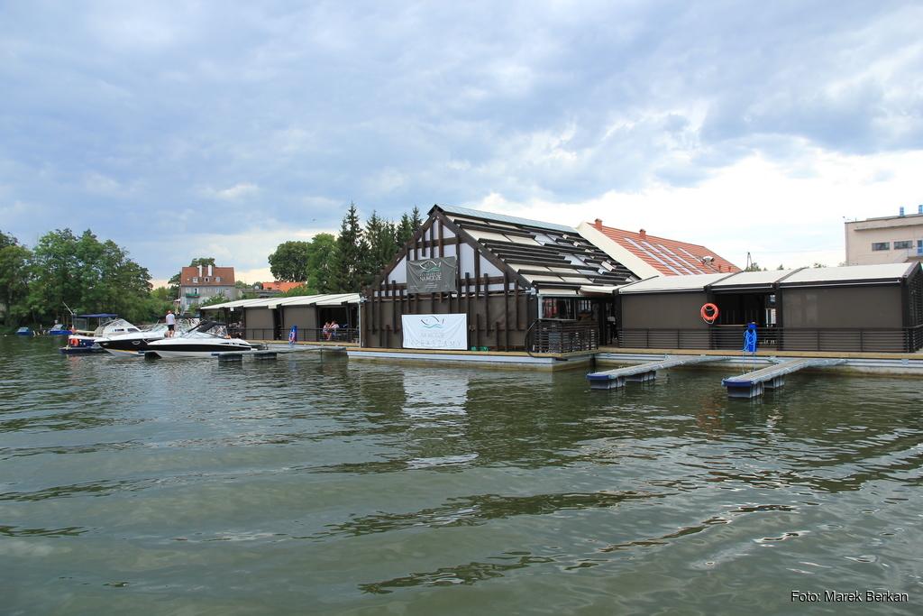 Mikołajki - restauracja na wodzie