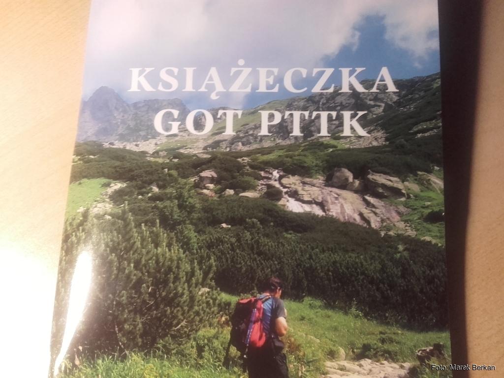 Książeczke Górskiej Odznaki Turystycznej (GOT)