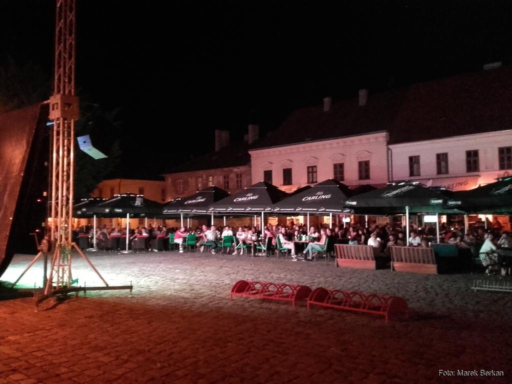 Osijek - mecz Euro 2016 na rynku