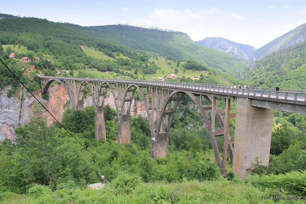 Czarnogóra - most na rzece Tara