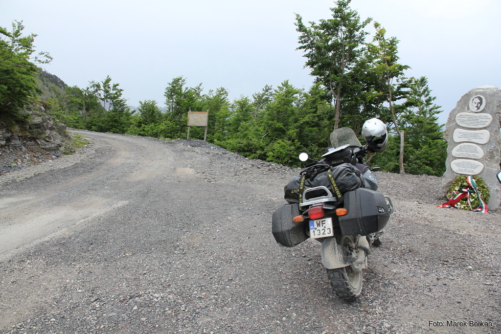SH21: przełęcz w drodze do Theth - koniec asfaltu (2016)