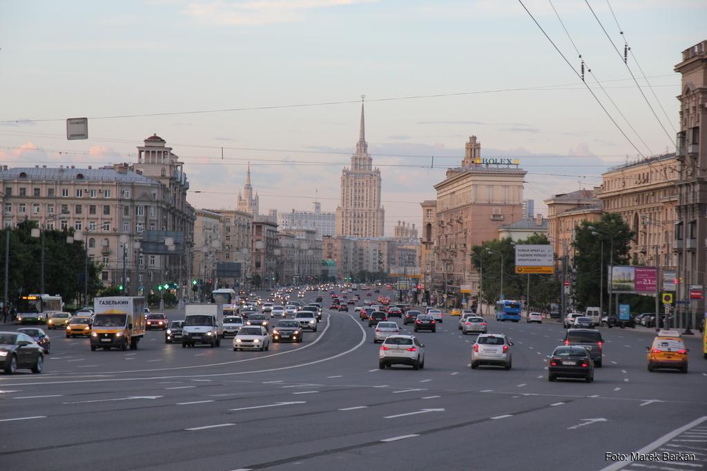 Moskwa - szerokie ulice