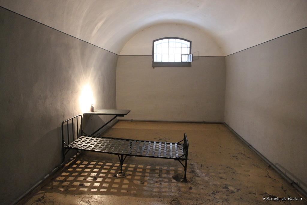 Twierdza Pietropawłowska w Petersburgu: byłe więzienie