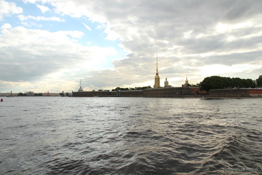 Petersburg: rejs po Newie