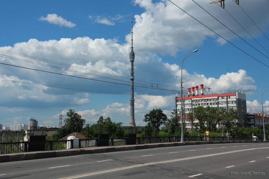 Moskwa: wieża Ostankino