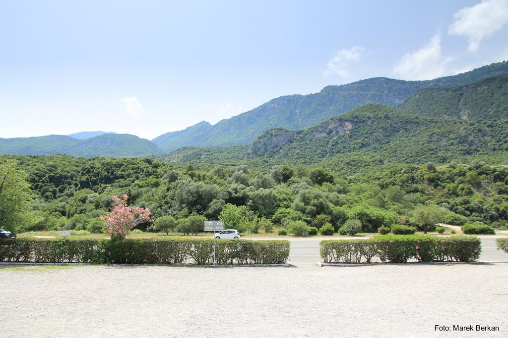 Termopile - góry i wąwóz