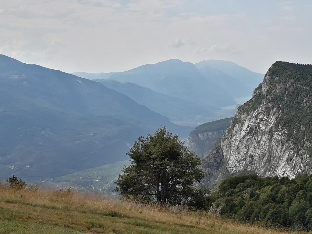 Monte Casale - widok na jezioro Garda