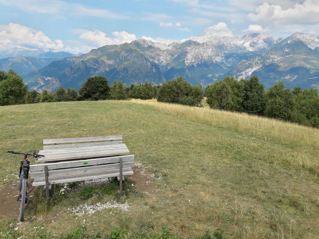 Monte Casale - widoki ze szczytu